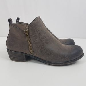 Hot Tomato Grier Ankle Booties Brown